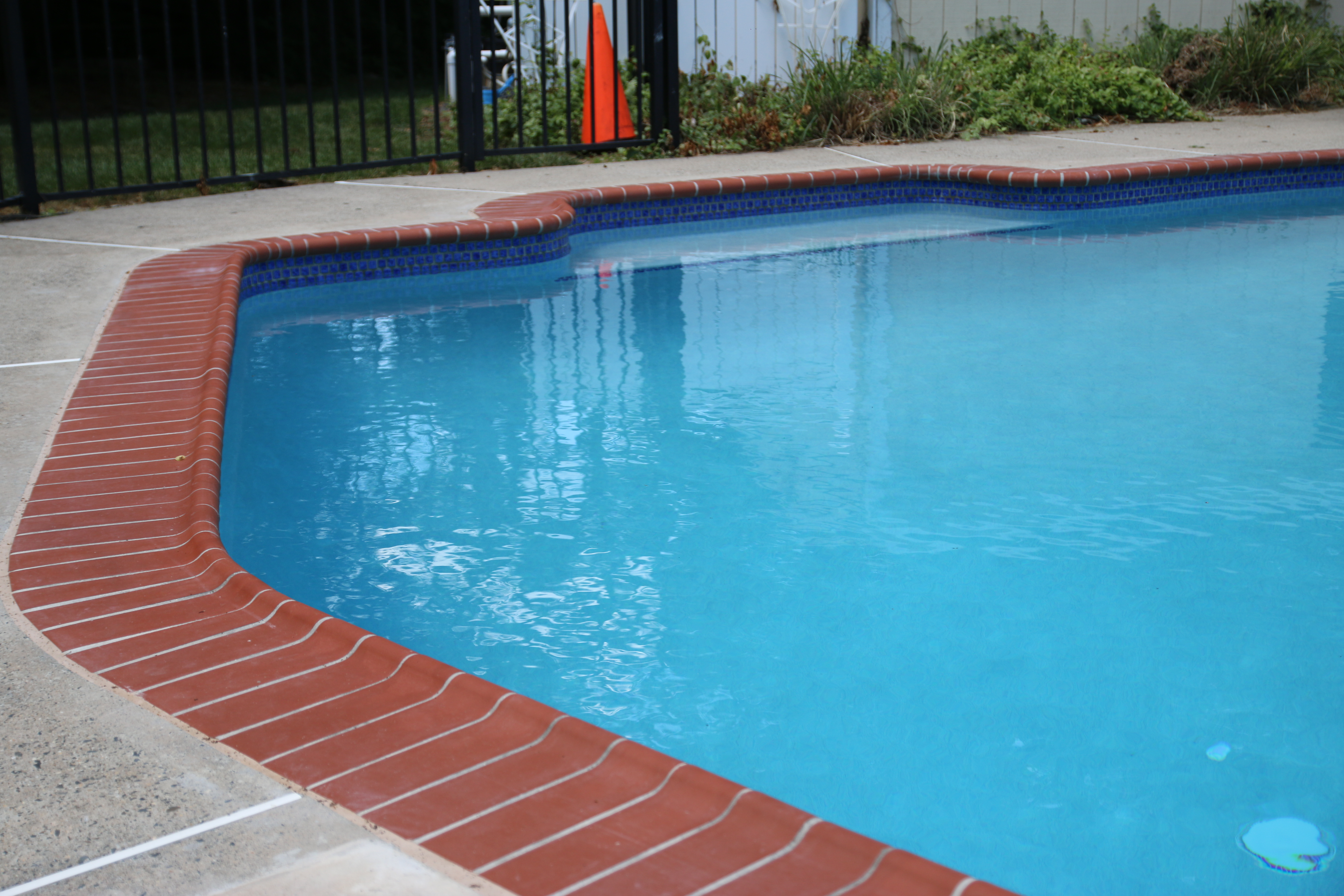 Swimming Pool Tile Amp Coping Frog S Pool Renovation Amp Repairs